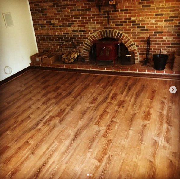 hardwood flooring installation services for residential and commerical properties